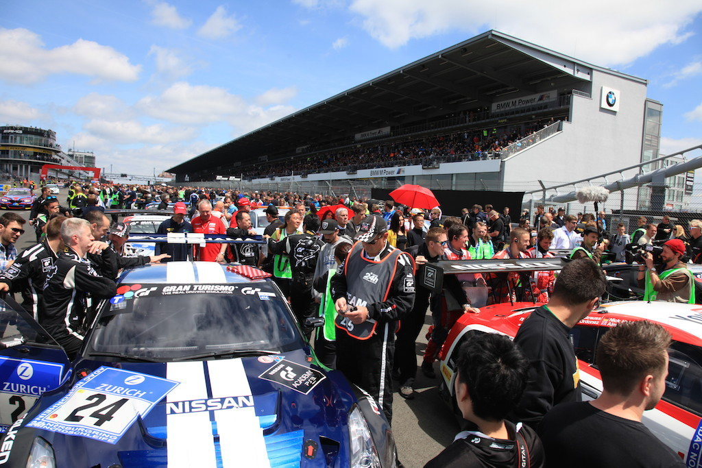 At the starting grid, filled with its large number of participants.